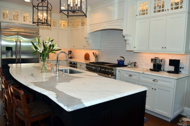 Material - Statuario Extra Honed Marble / Edge - Cove Dupont