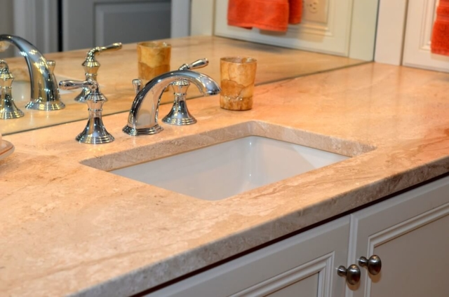 Material - Diano Reale Marble / Edge - Eased