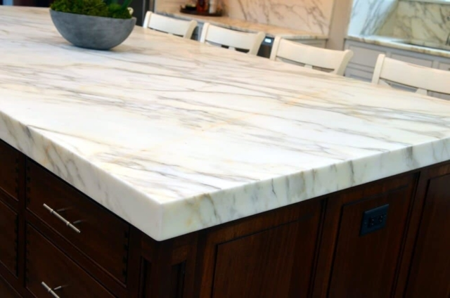 Material - Calacatta Borgi Marble 3CM / Island Edge - Mitered Apron.