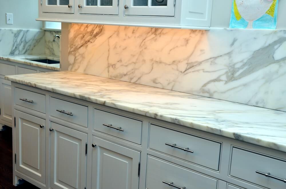 Material - Calacatta Borgi Marble 3CM / Perimeter Edge - Eased