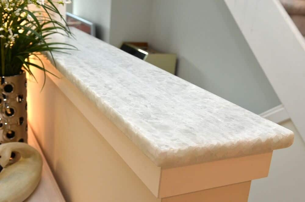 Iceburg Quartzite 3CM / Edge - Eased